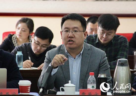 外交学院国际关系研究所讲师贾子方发言 (人民网记者 杨牧摄)